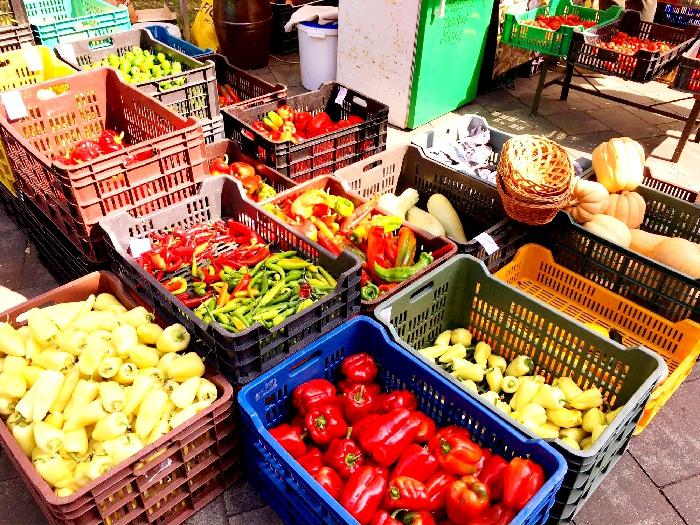 ビオピアツ(有機食品市場)にて