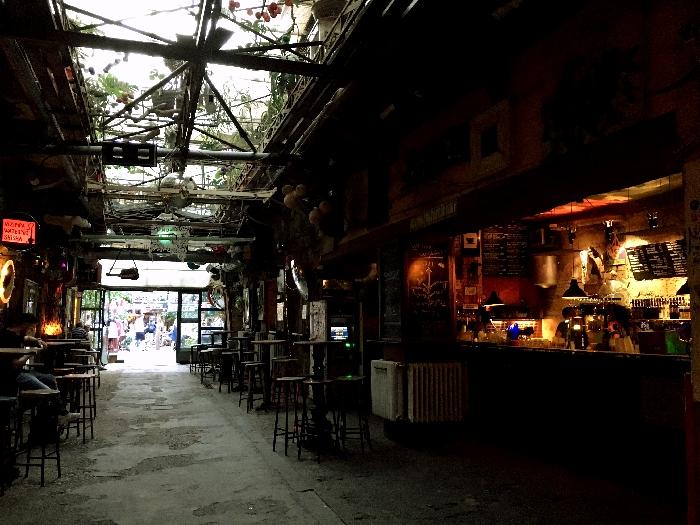 廃墟バー「シンプラ・ケルト」