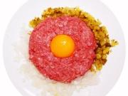 生肉のタルタルステーキ
